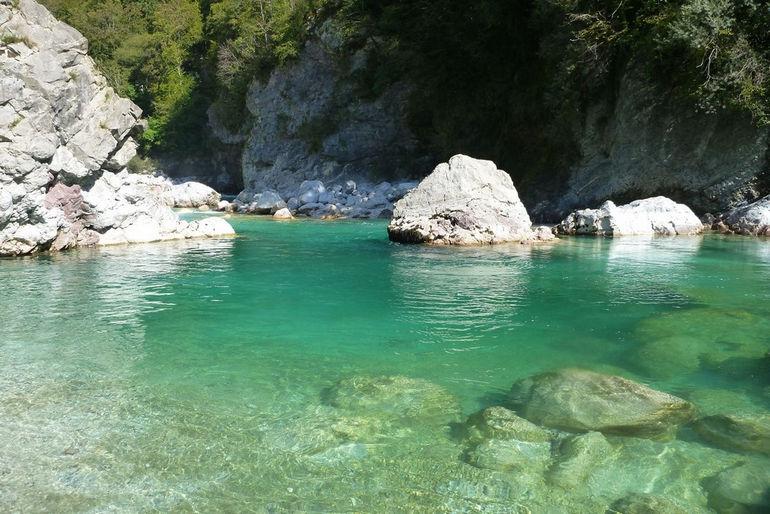 345472,xcitefun-soca-river-slovenia-5