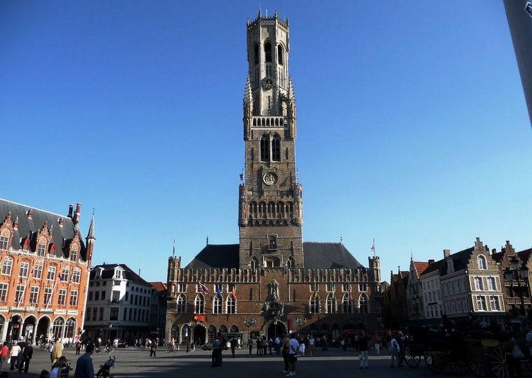 Беффруа  одна из самых красивых башен Европы (Бельгия ... 609c2596bd410
