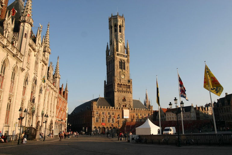 Беффруа: одна из самых красивых башен Европы (Бельгия)