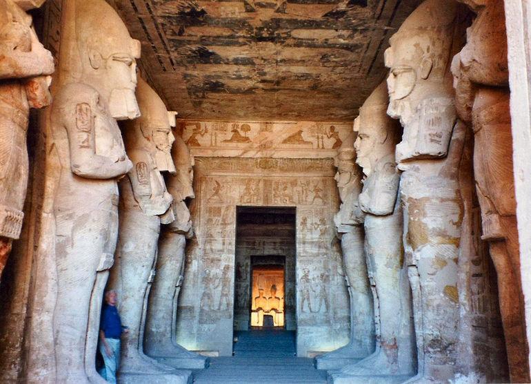 Inside-Abu-Simbel