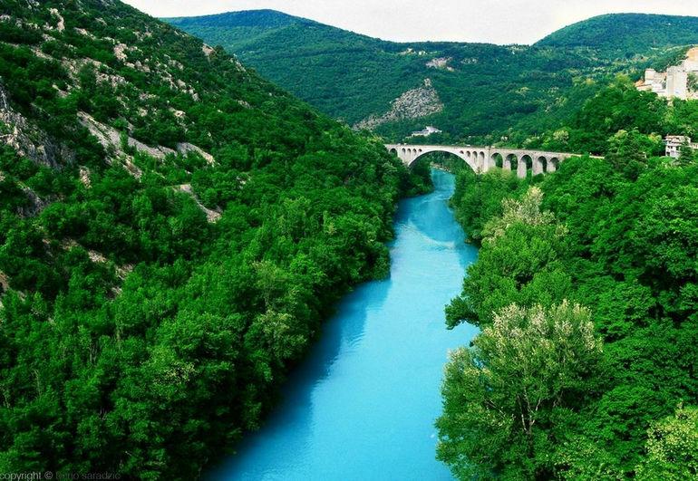 Река Соча: изумрудная красавица Словении