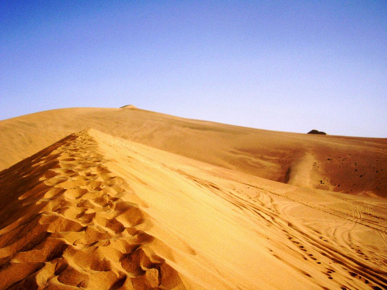 Taklamakan_Desert_China6
