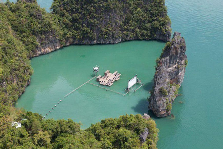 floating-cinema-movie-theatre-thailand-archipelago-2