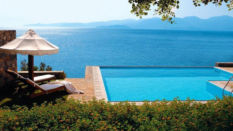 Elounda Peninsula: отель на острове Крит