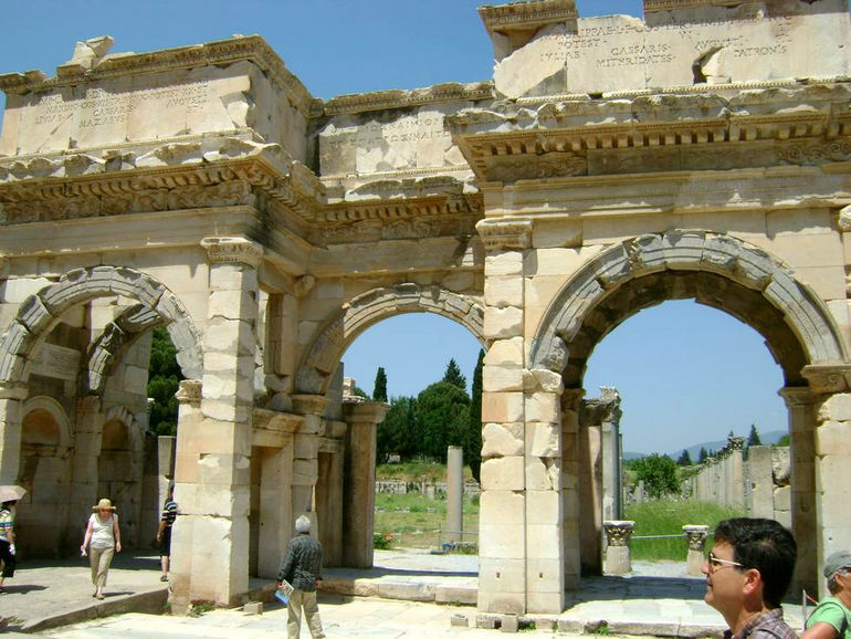 Библиотека Цельса в Эфере (Турция)