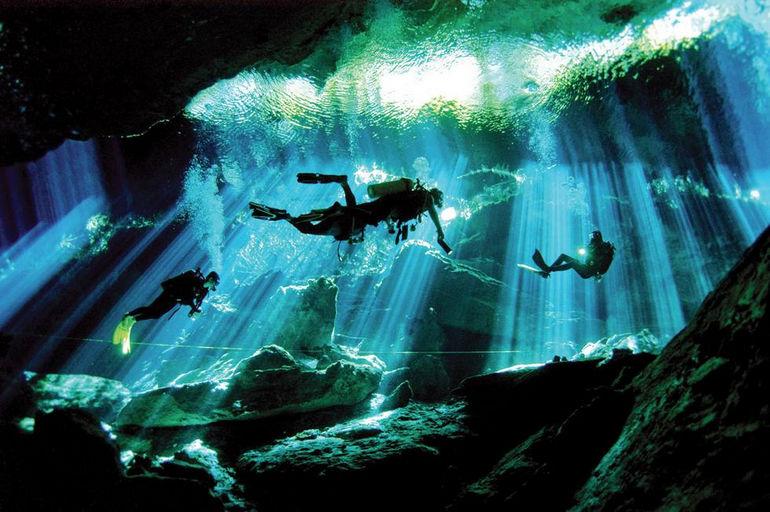 Подводные пещеры Гран Сеноте (Мексика)