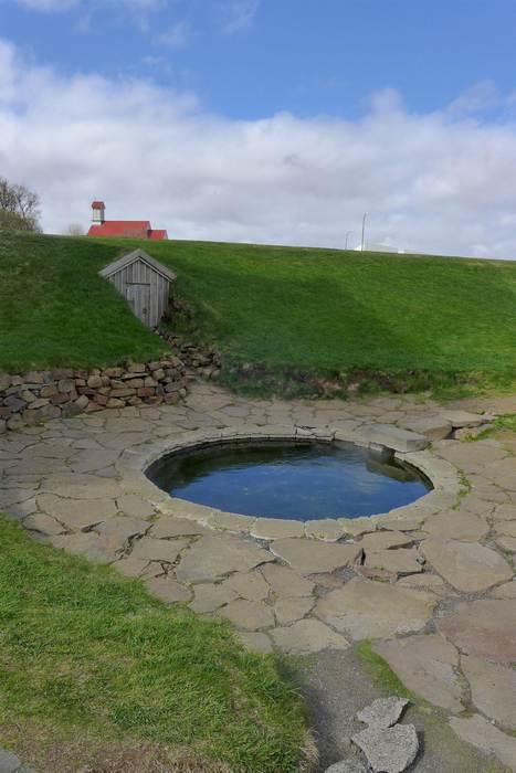 Термальный источник Снорралейг (Исландия)