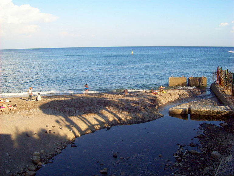Река Водопадная в Ялте (Крым)