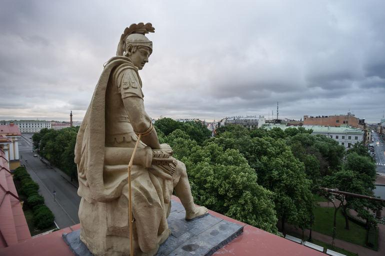 Главное Адмиралтейство в Санкт-Петербурге (Россия)