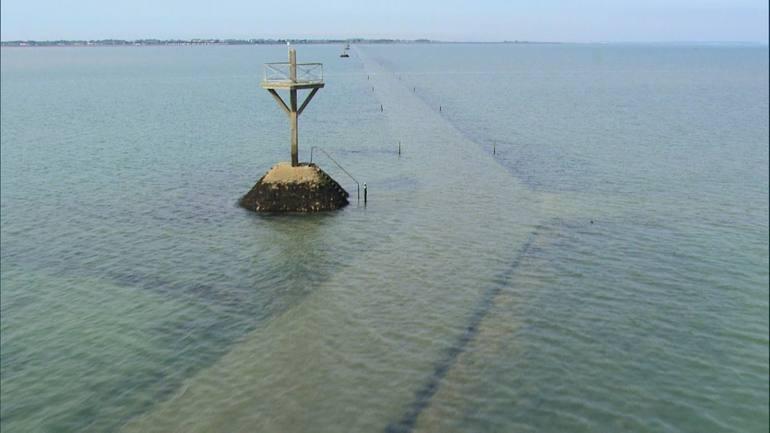 Пассаж дю Гуа: приливная дорога во Франции