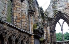 Руины Холирудского аббатства (Великобритания)