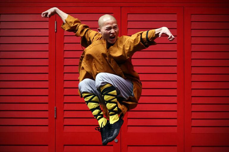 Захватывающее пекинское шоу кунг фу в Красном театре