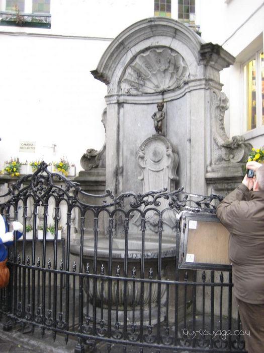 Писающий мальчик: символ Брюсселя (Бельгия)