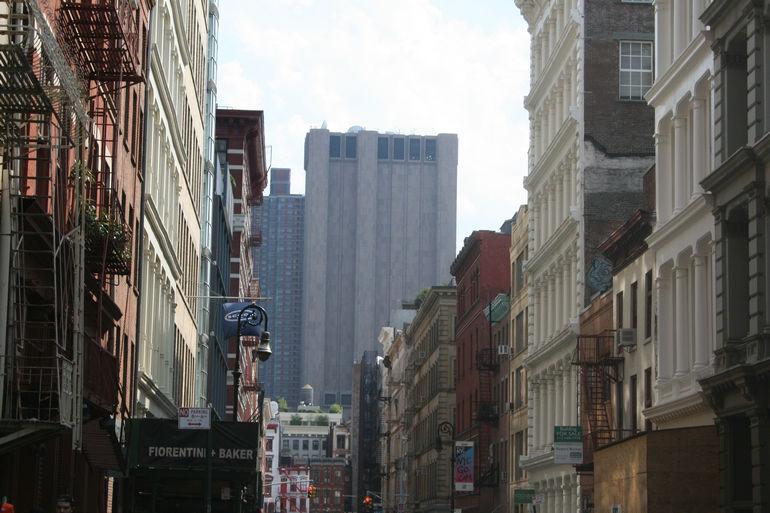 Небоскреб без окон на Томас-стрит, 33 (США)