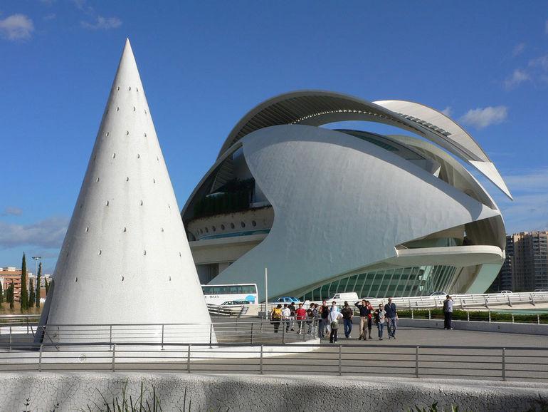 Дворец искусств королевы Софии в Валенсии (Испания)