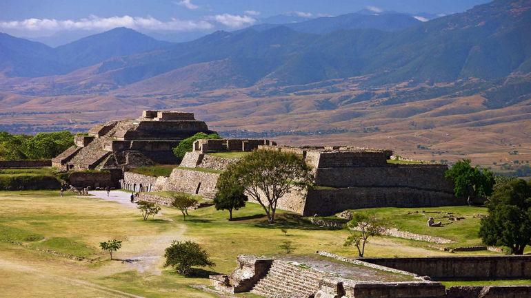 Монте Альбан – цитадель сапотеков (Мексика)
