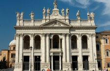 Базилика Сан-Джованни ин Латерано в Риме (Италия)