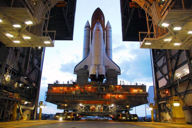 Дверь NASA's Vehicle Assembly Building