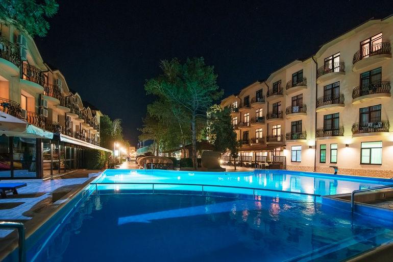 Отель «Довиль» в Анапе