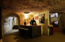 Подземный бар в Кубер-Педи