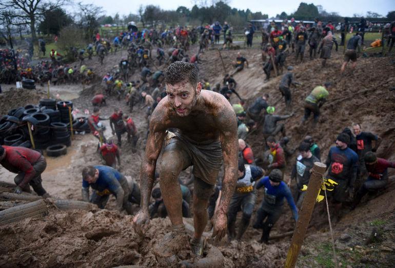 Tough Guy Race 2017: состязание Крутые Парни 2017 (Великобритания)