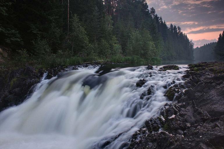 Кивач – один из самых красивых водопадов Карелии
