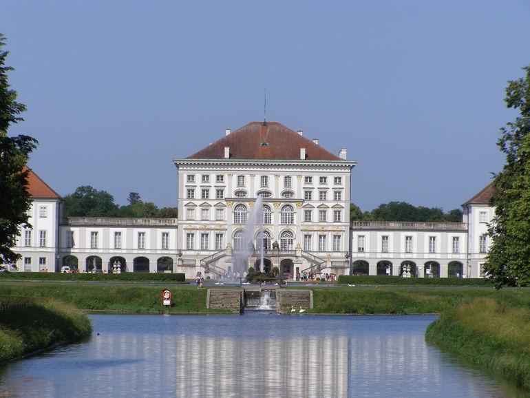 Нимфенбург – жемчужина мюнхенской архитектуры (Германия)