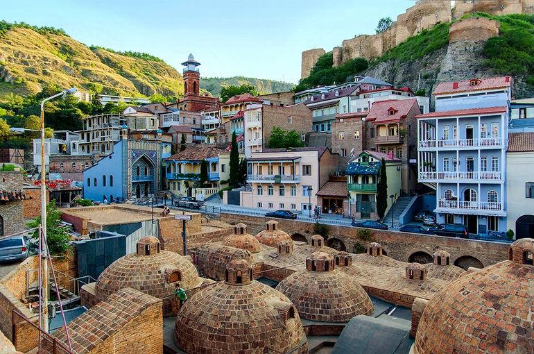Серные бани Абанотубани в Тбилиси (Грузия)