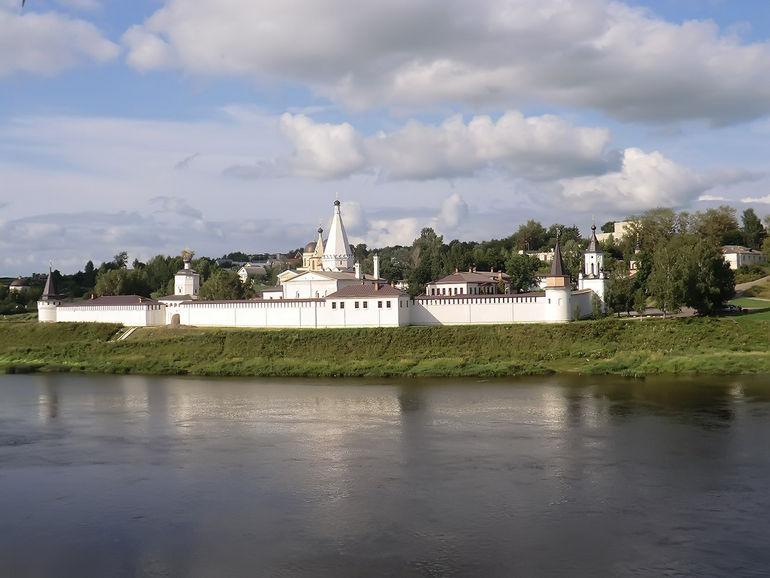 Путешествуем по России: город Старица в Тверской области