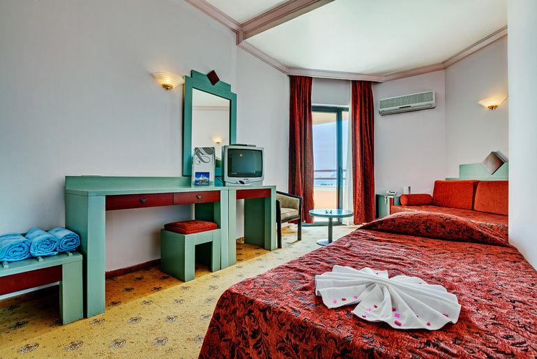 Club Saphire – один из лучших отелей Турции