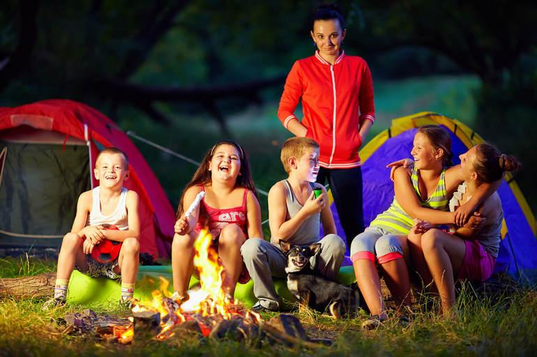 Поездка в лагерь – лучший отдых для подростка