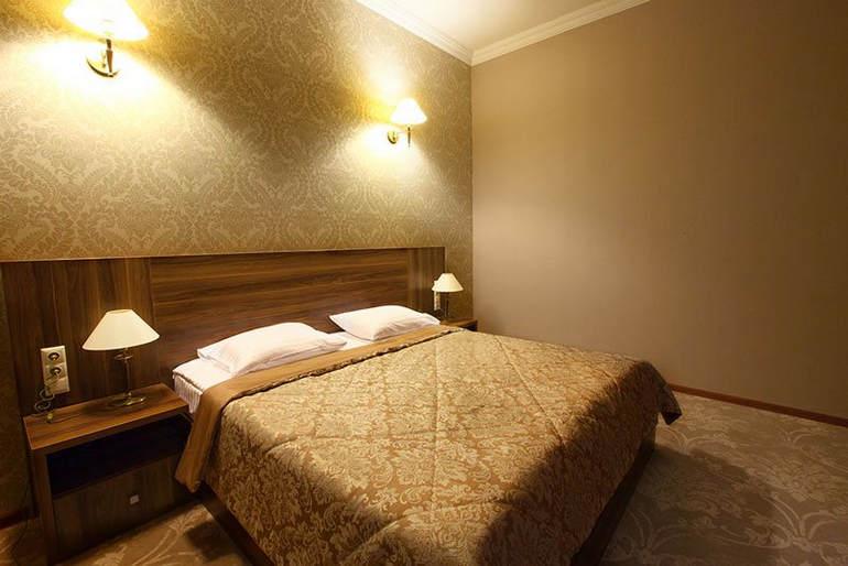 Отель Астория в Тбилиси (Грузия)