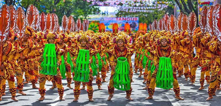 Фестиваль Синулог на Филлипинах: праздник Святого Младенца Христа