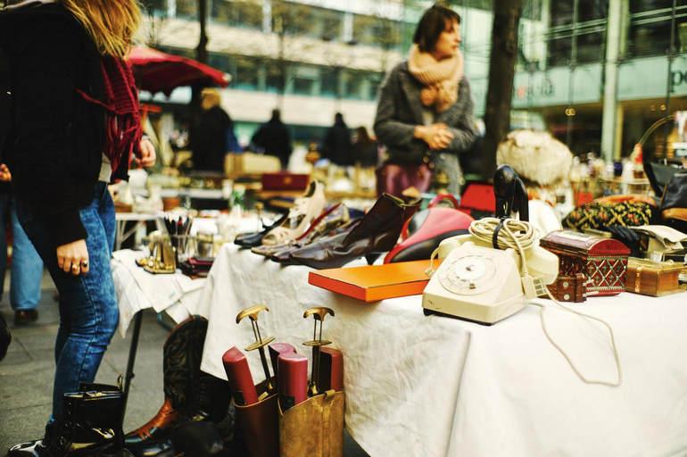Блошиные рынки и барахолки Парижа