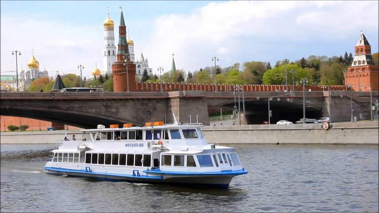 Экскурсии на теплоходе в Москве