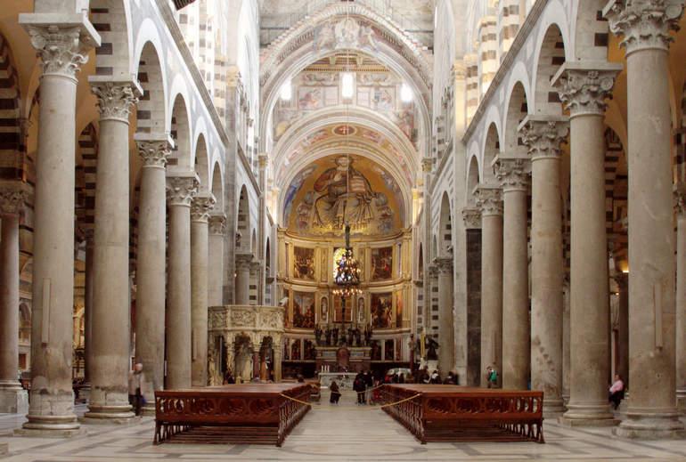 Пизанский собор в честь Успения Пресвятой Девы Марии (Италия)