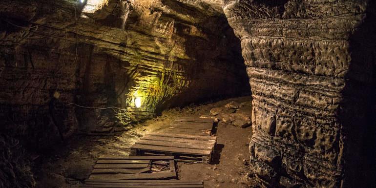 Ахштырская пещера – уникальная природная достопримечательность Сочи