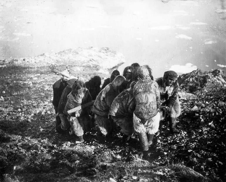 Темная сторона экспедиций Роберта Пири: метеорит Палатка и Миник