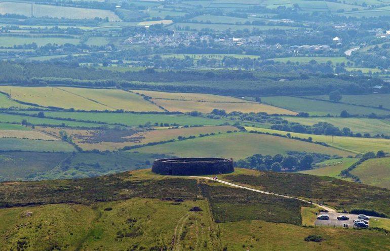 Крепость имеет прекрасный обзор на окружающую местность.