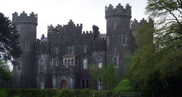 Замок Клонин