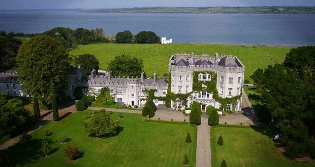 Старинный замок Глин выставлен на продажу за 6.5 миллионов евро.