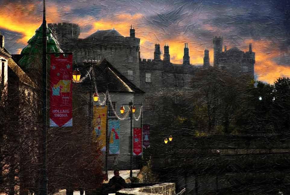 Одним, и наверное, главным символом города Килкенни является чудесно сохранившийся замок Килкенни.