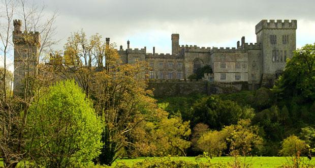 Осенний пейзаж с видом на ирландскую крепость