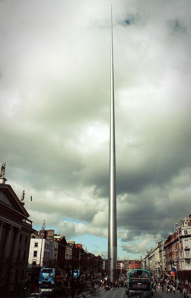 Создатели монумента обещали, что он станет символом тысячелетия и гордостью Ирландии