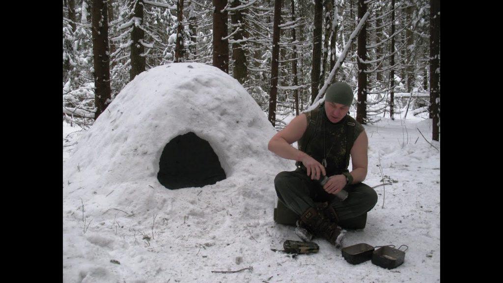 Если нет возможности укрыться от снега