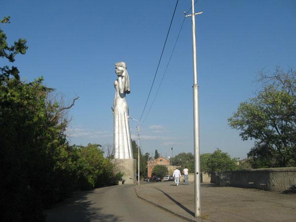 Статуя Матери Грузии