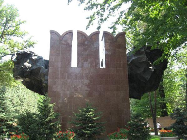 Памятник 28 гвардейцам панфиловцам