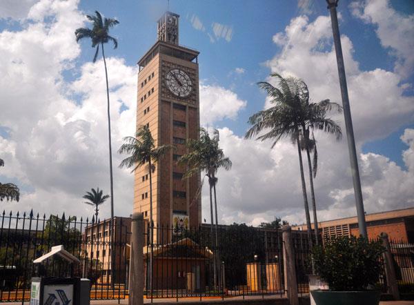 Здание Парламента в Найроби
