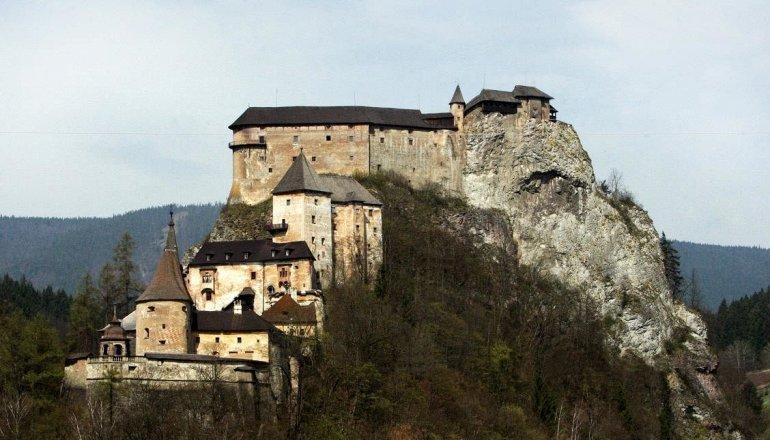 Оравский замок в Словакии