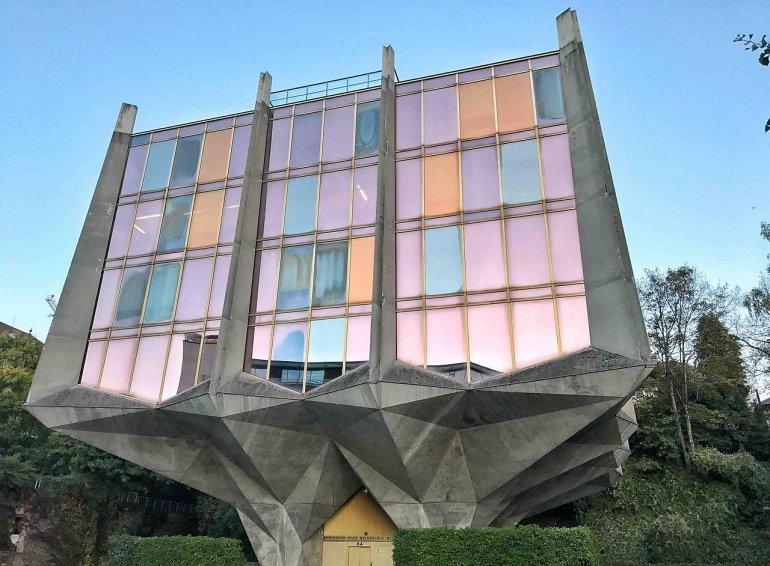 дом-тюльпан в Женеве